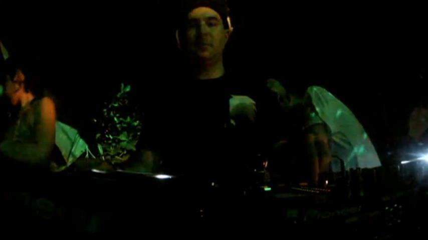 Justin Martin - Live @ Dirtybird vs Pets Recordings, Canibal Royal 2013
