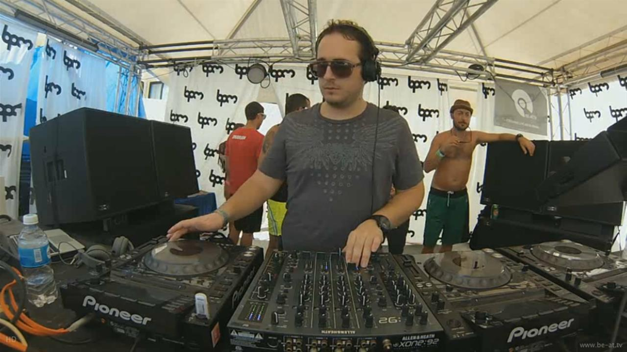 Pirupa vs Leon - Live @ The BPM Festival 2014, Yoshitoshi, Kool Beach