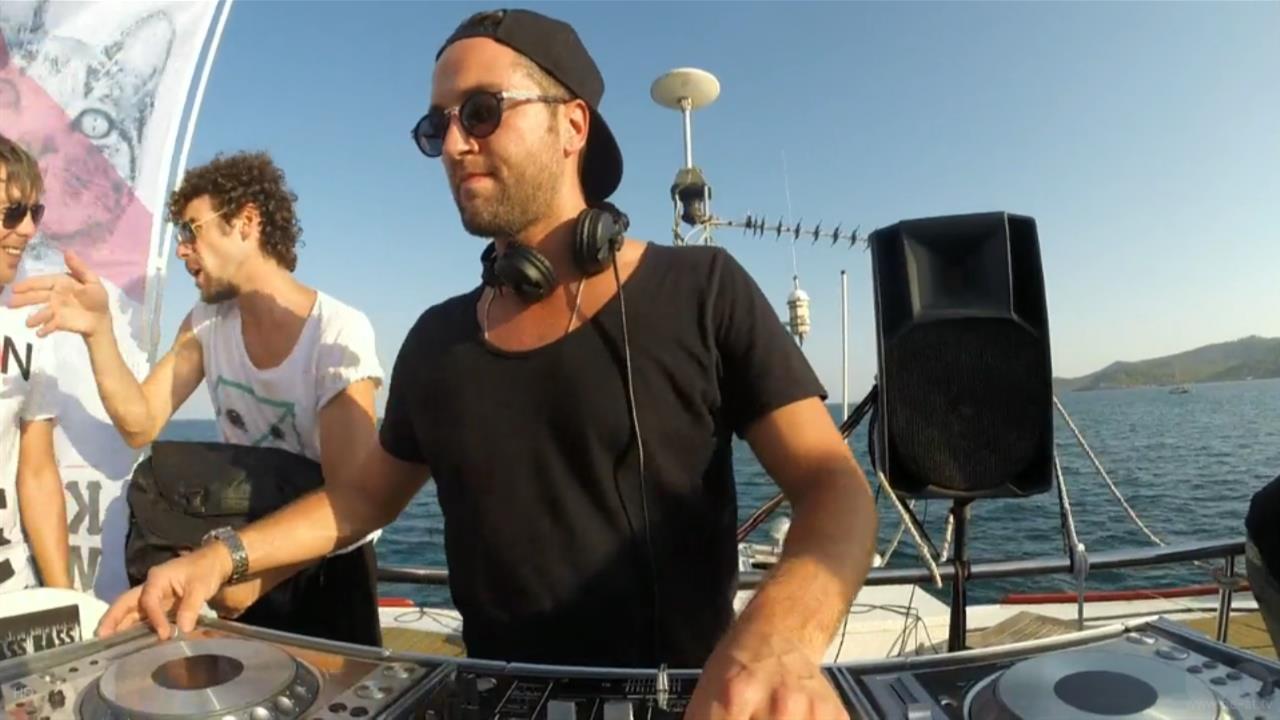 Ramon Tapia - Live @ Suara: Kitties Wanna Dance Boat Party 2, Ibiza Sea Party 2014