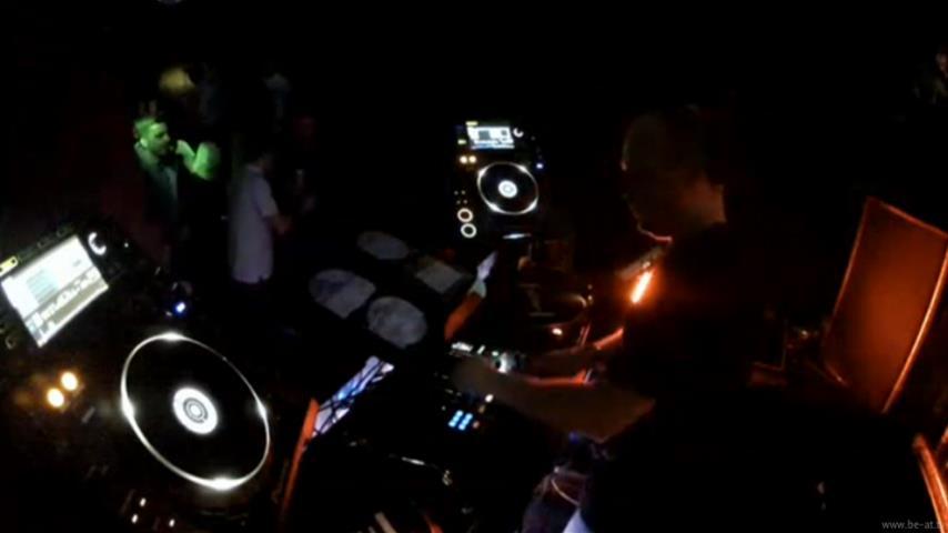 Huxley - Live @ Eastern Electronics NYE 2012 x Hidden