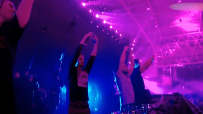 Dimitri Vegas & Like Mike b2b W&W - Live @ VAC Infinity Festival 2019
