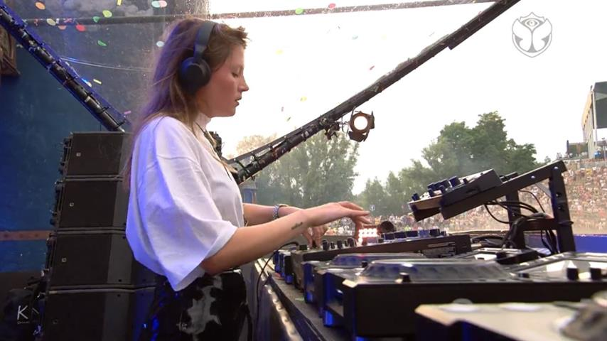 Charlotte de Witte - Live @ Tomorrowland Belgium 2019 W2 Mainstage