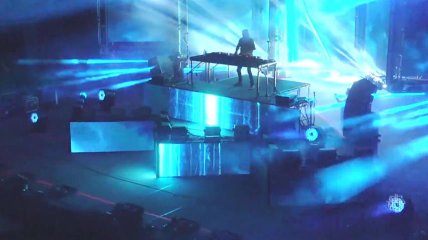 Alesso - Live @ Lollapalooza Chicago 2019 Perry's Stage