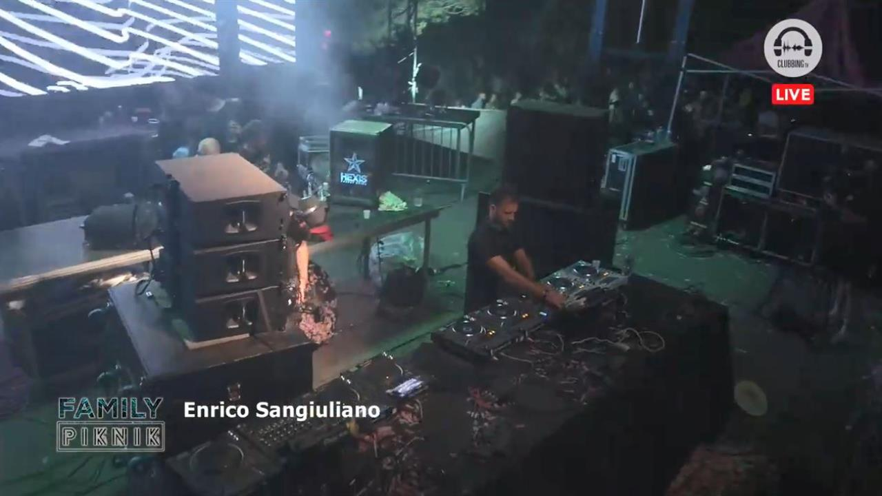 Enrico Sangiuliano - Live @ Family Piknik 2019