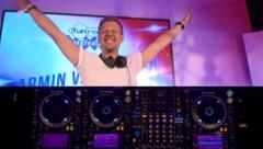 Armin van Buuren - Live @ Fun Radio x ADE 2019