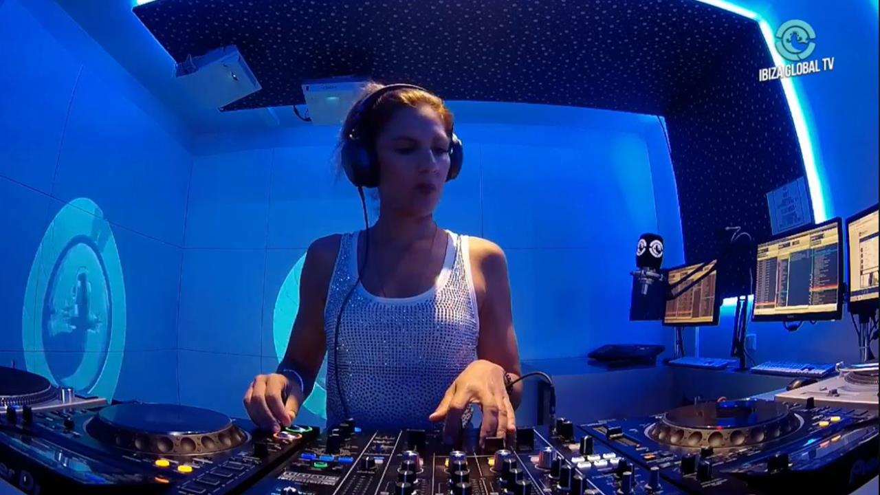Davina Moss - Live @ Moss Y Mass Radio Show [31.07.2019]