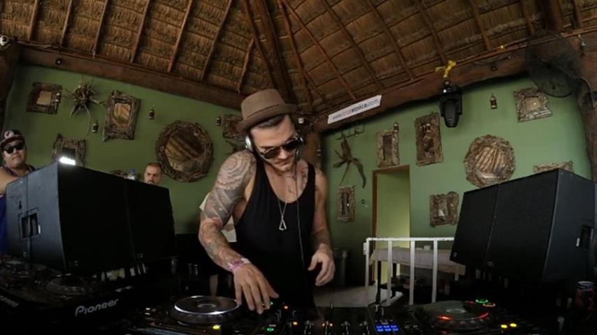 Eagles & Butterflies - Live @ The BPM Festival 2016, Bedrock, Blue Parrot