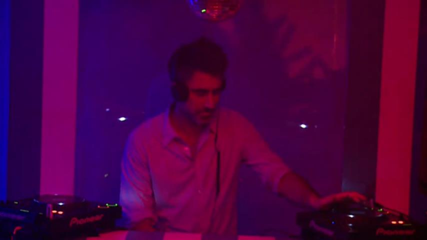 Vincenzo - Live @ Be-At.tv Berlin Session with Petar Dundov 2012