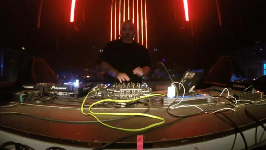 Carlo Lio - Live @ Music Is Revolution Week 9 2016, Space Ibiza 2016