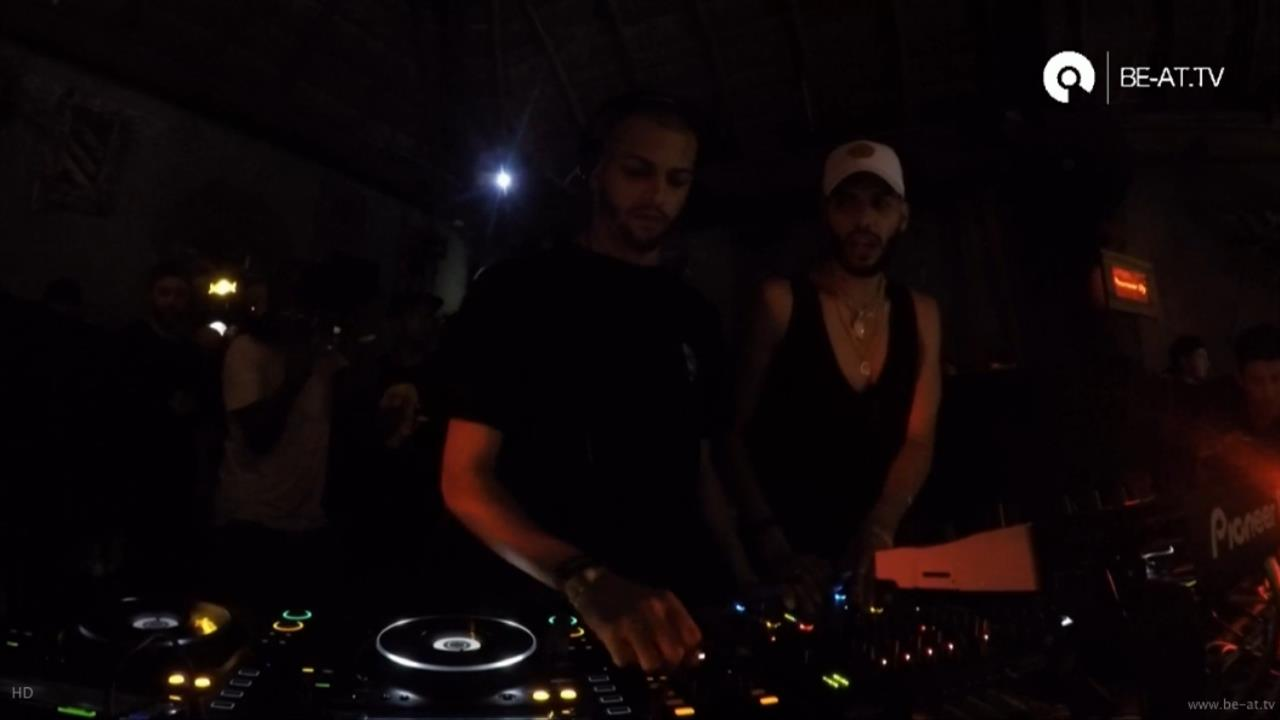 The Martinez Brothers - Live @ The BPM Festival 2017, Solamente, Blue Parrot