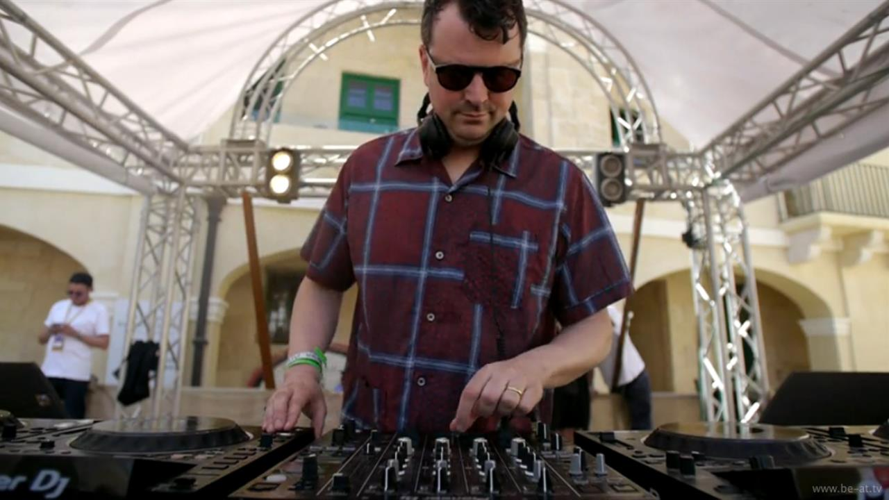 DJ Haus - Live @ Lost & Found 2018 Castle Party