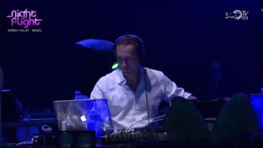 Paul van Dyk - Live @ Green Valley, Brazil 2010