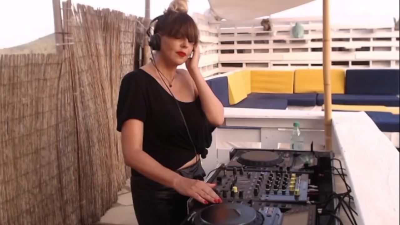 Hanna Hais - Live @ Ibiza Roof 2018