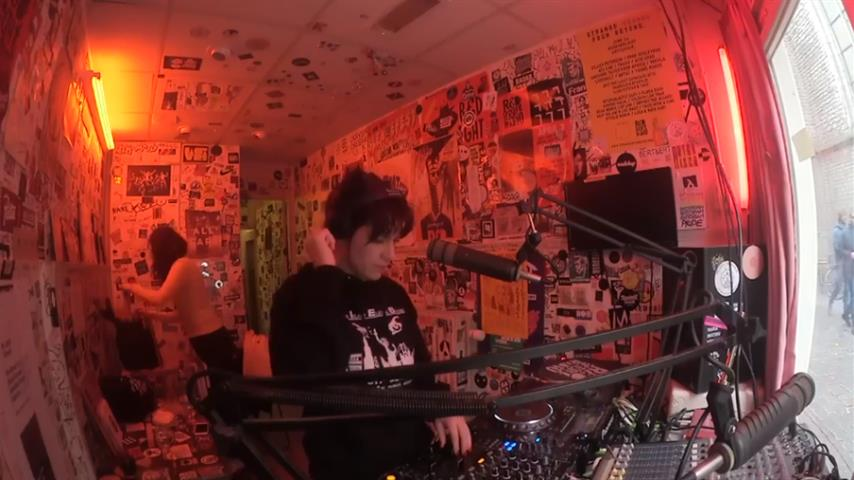 Moxie and Shanti Celeste - Live @ Red Light Radio 2017